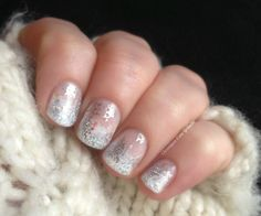 winter nails (from Chroniques D'Une Greluche)