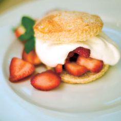Old-Fashioned Strawberry Shortcake - Easy Strawberry Dessert Recipe via farmflavor.com