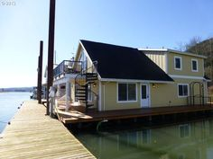 Floating homes on pinterest houseboats boats and Portland floating homes
