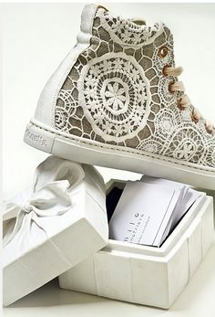 inspiration -- attaching doilies to high tops