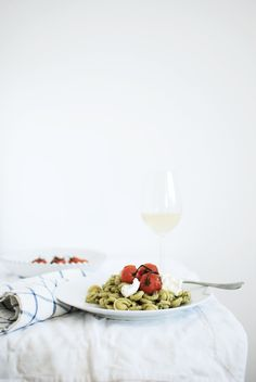 // pasta with pesto and roasted tomatoes