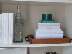 books, staging, bookcases, tray, bookcas decor, bookcas style, library shelves, bookcase styling, bookcas beauti