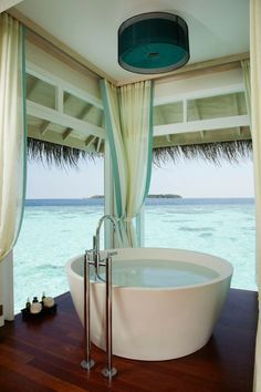 outdoor bathtub.