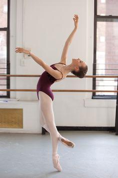 form grace, studio, artists, ballet dancers, arches, beauti, beauty, light, en point