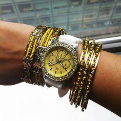Yellow wrist-party!