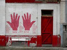 red door, palmistri hand, hands, portal