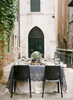 wedding themes, italy wedding, wedding ideas, layer cakes, venice italy, romantic weddings, halloween weddings