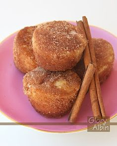 Cinnamon Sugar Cupcakes - made them and now i'm in love with them. Easy to make and even easier to eat...seriously the best cupcake EVER :-)