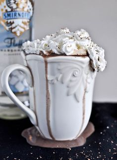 Grown Up Hot Chocolate with Homemade Bailey's Marshmallows | howsweeteats.com Oh My!!! That would make for a Holly Jolly  Sweet Time-Lissa