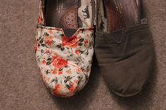 DIY Tom's! This is a tutorial on how to refashion and old, holey pair of Tom's :)  #DIY  #Toms