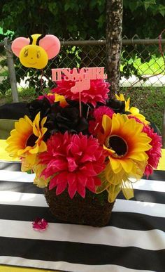 Bumble Bee Baby Shower Party flowers! See more party planning ideas at CatchMyParty.com!