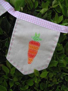 Passion Fruit Princess: Easter Bunting