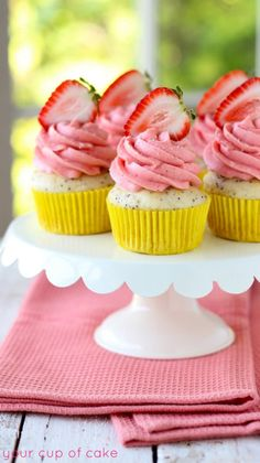 Lemon Poppy Seed Strawberry Cupcakes