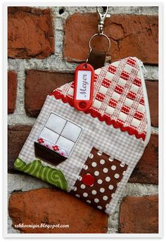 House pouch