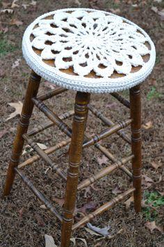 doili, stool crochet, crochet stool, stool 30