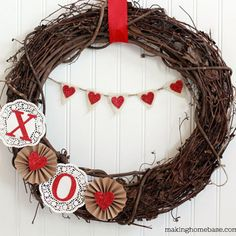 Crafty Valentine's Day wreaths! #DIY