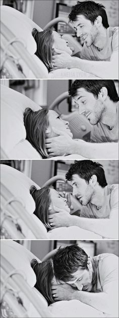 a husband with his wife during labor. This. Is. Beautiful.