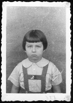A Jewish girl of the Mandelbaum family. Share: