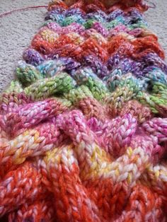Free Pattern: Jessica`s Wellen Loop by Jessica M.