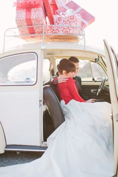 Christmas wedded bliss // photo by HaleySheffield.com