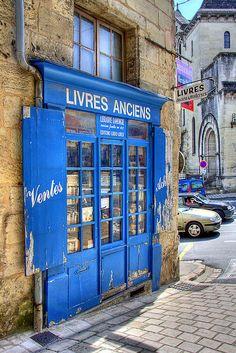 Bookshop - Perigueux, Aquitaine, France
