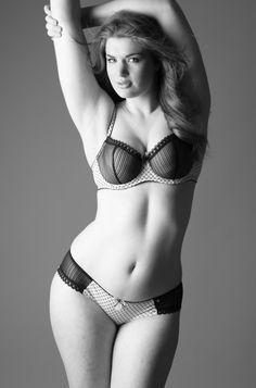 Michael Dar shoot with full figure model Stephanie Albanese.