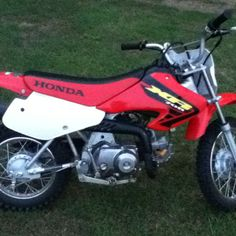 My Honda XR70 Dirtbike!!!!! :D