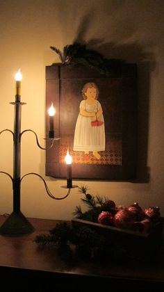 old-fashioned rustic/primitive Christmas, love this light