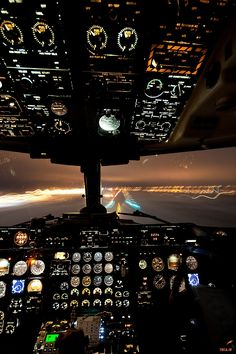 747 cockpit view of landing at night