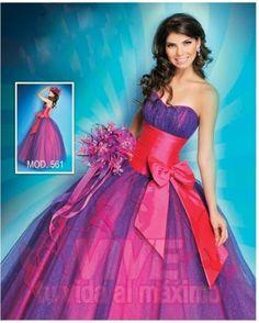 4 modelos bonitos para tu vestido de 15 años