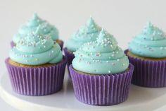 . american buttercream, cupcakes, cupcake recipes, color combos, colors, cupcak cupcak, cupcake frosting, buttercream frosting, cream cheese frosting