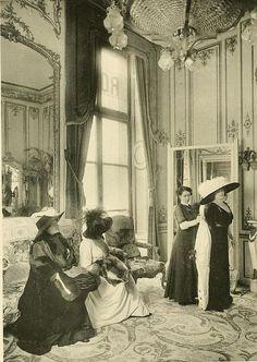 Les Createurs de La Mode 1910 - 28 - Salon D'Essayage - Martial et Armand