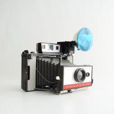 Vintage Polaroid 220 Camera with Case & Flash
