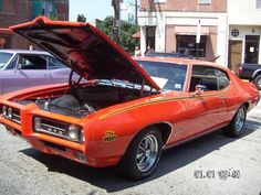 Over 130 antique, show, and custom cars, trucks & motorcycles line East Passyunk Avenue every summer for Doo Wop Car Show.