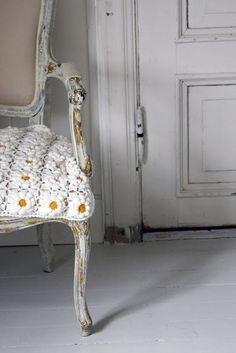 Daisy crochet seat cover, oh my.