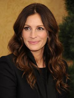 Julia Roberts - beautiful color, beautiful style