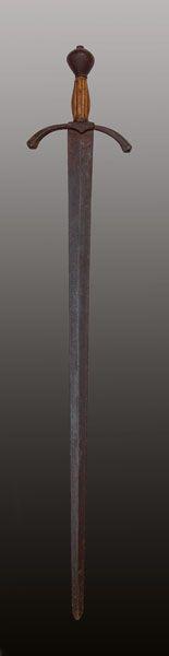 Epée dite de « Godefroy de Bouillon »   XV-XVIe siècle   Fer, fonte de fer, ivoire, vestiges de dorure. L. 100 cm  Jérusalem, Custodie de Terre Sainte  © Custodie de Terre Sainte, M.-A. Beaulieu