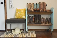 DIY Boot Rack | The Wannabe Cowgirl