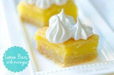 Easy Lemon Bars Recipe from @Shonda Chadwick Spatulas | Joanne Ozug #crowdpleaser #dessert #lemon #shortbread