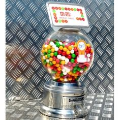 vintage bonbons on pinterest vintage candy gumball machine and candy cart. Black Bedroom Furniture Sets. Home Design Ideas