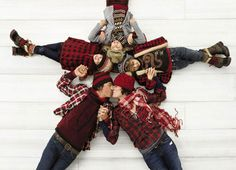 Cute Christmas card idea!  Pretty sure this was from a Gap commercial?