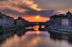 Ponte Vecchio Sunset by programmatore, via Flickr