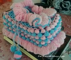 want to make this tissue box cover but in my wedding colors