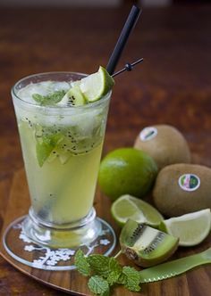 Such a fabulously thirst-quenching, prettily light green hued beverage: Virgin Kiwi Mojito. #drinks #food #kiwi #green #mojito #mocktails #cocktails