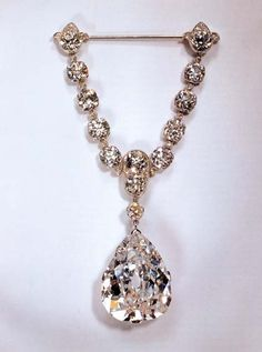 The Star of South Africa, a 47.69-carat old style pear-shaped diamond, was cut from a crystal of 83.50 carats