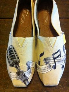 Custom hand painted TOMS shoes, Musical Family toms