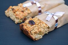 These healthy oatmeal bars make a great grab and go breakfast.