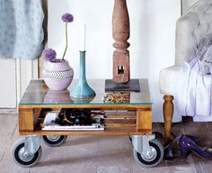 What a clever idea -- a coffee table made out of an old pallet.