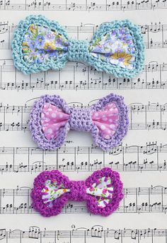 Crochet Edge Bow Barrettes by Mon Petit Four {tutorial}