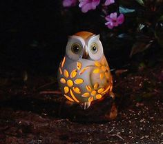 A baby solar powered light up owl to complement my gardenscape…adorable!